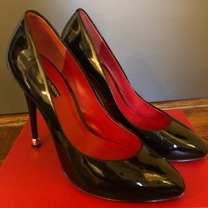 Charles Jourdan Elton Black Patent Pumps Heels 10M